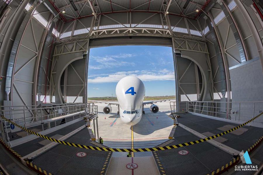 Construcción de cubiertas y fachadas para el sector aeronáutico